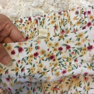 PacSun Shorts - Floral Shorts💐